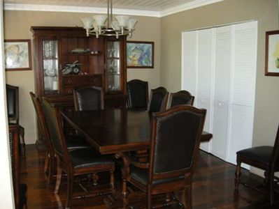 Dining Room Seats 10