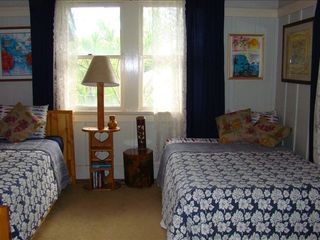 Waimea Bay house photo - Double and single bed