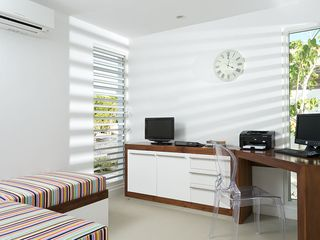 Providenciales - Provo villa photo - Office and childrens snug