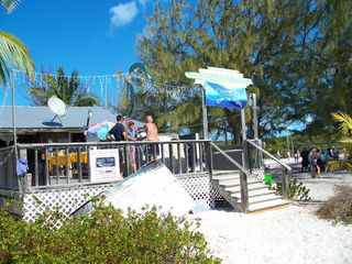 Great Exuma house photo - Places to see: Stocking Island-Chat & Chill Island food