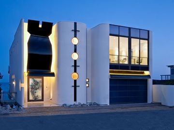 Malibu house rental - Front of Home - Photo Illustration