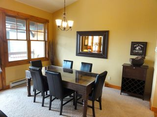 Steamboat Springs condo photo - Dining Area + extra seating at the bar area