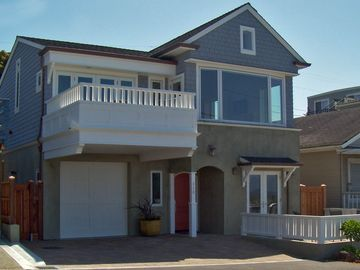 Santa Cruz house rental - Harborside Retreat on Santa Cruz Harbor