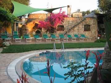 Neviano cottage rental - Swimming pool close to trullo