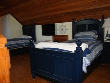 Loft with Trundle Beds Sleeps 4