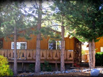 Wrightwood cabin rental - Wrightwood Little Pines Cabin w/ Fireplace, Sauna, + Discount passes for guests.