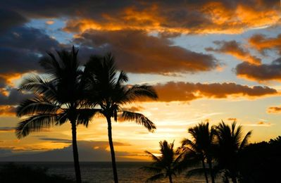 Sunset view from Maui Kamaole. Photo courtesy Making Maui Memories Photography.
