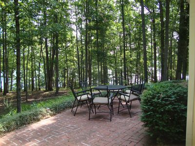 Anderson house rental - Patio off sunroom/diningroom