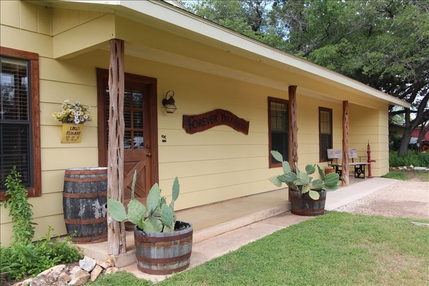 Cabin Rentals In New Braunfels Quot Life Is Gruene Quot On The