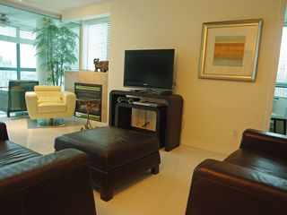 Vancouver condo photo - Complimentary wireless internet and cable TV