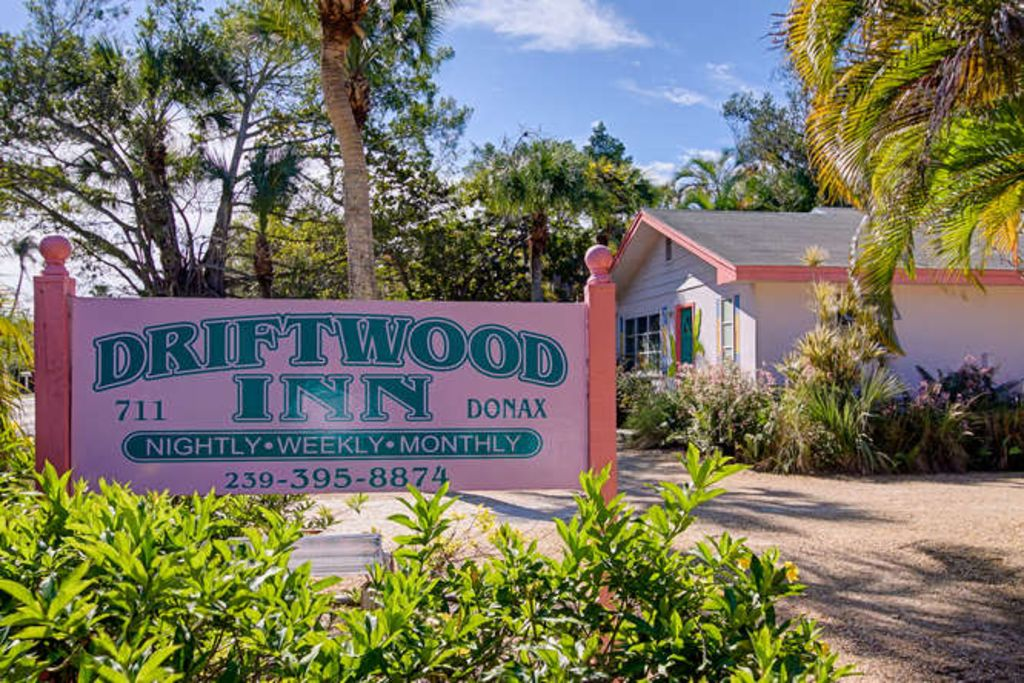 Driftwood Inn Charming Cottage Close Homeaway