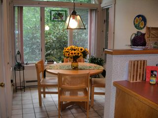 Poconos Pines - Pinecrest Lake townhome photo - lovely breakfast nook