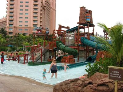 Kiddie pool at Atlantis