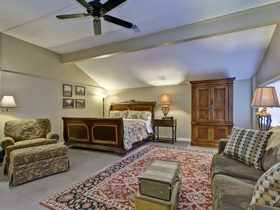 Franklin house rental - King Suite