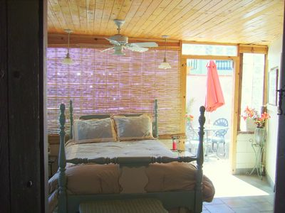 Lakeside Bouganvillea Room w Private Patio