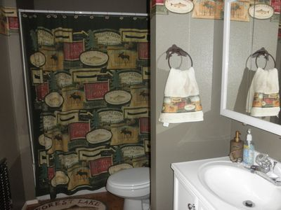 Cabin Theme Bathrooms, Clean & stocked with linens.