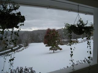 Roscoe farmhouse photo - An early October snow