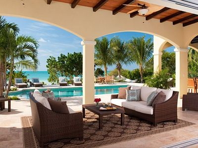 Providenciales - Provo villa rental - Outside Living Area