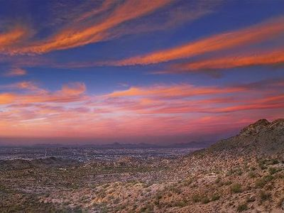 Enjoy Beautiful Scottsdale Sunsets Year Round & Sonoran Desert Walking Trails
