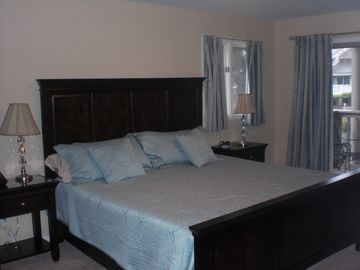 Master bed new Thomsville suite Great King sized bed.New matress encased-cover.