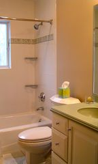 Montauk house photo - Full Guest bath and all bath towels included