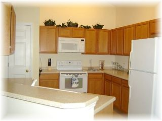 Liberty Village house photo - Spacious Kitchen - Granite counter tops - all appliancies