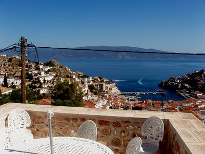 The breakfast terrace with view of the Peloponnese