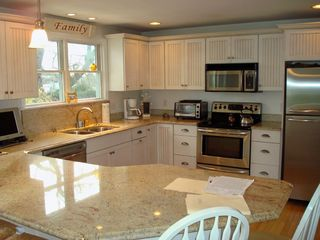 Bonnet Shores house photo - Spacious Updated Kitchen