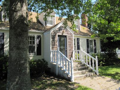 Manteo house rental - Front of house