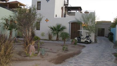 sea views and closest to the beach fr $125/nt, 2 BR, 2 Bath, 2 bikes included