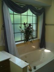 Cedar Creek Lake house photo - Jacuzzi Tub in Master