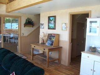 Somers house boat photo - Living room