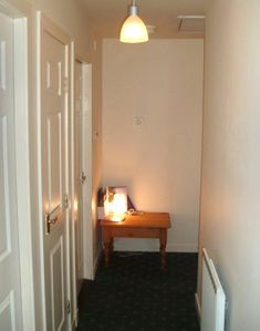Edinburgh apartment rental - Hall