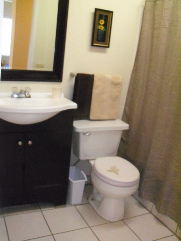 Common 4 piece bathroom