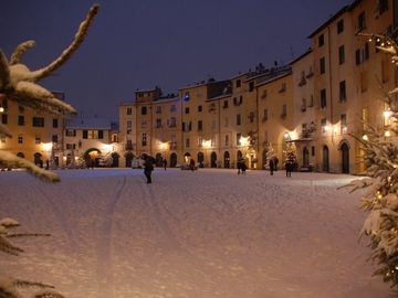 The square at Christmas