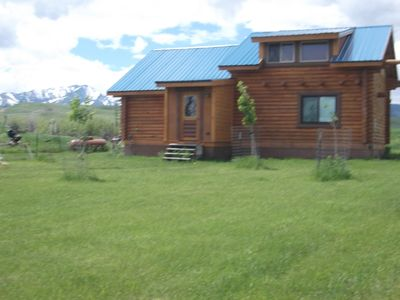Perfect for Couples Or Families Up To 4 In Lovely Two Story Log Home .