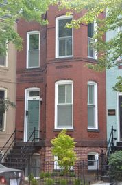 Eastern Market townhome rental - 1890s Victorian at Eastern Market on Capitol Hill - 2nd level suite