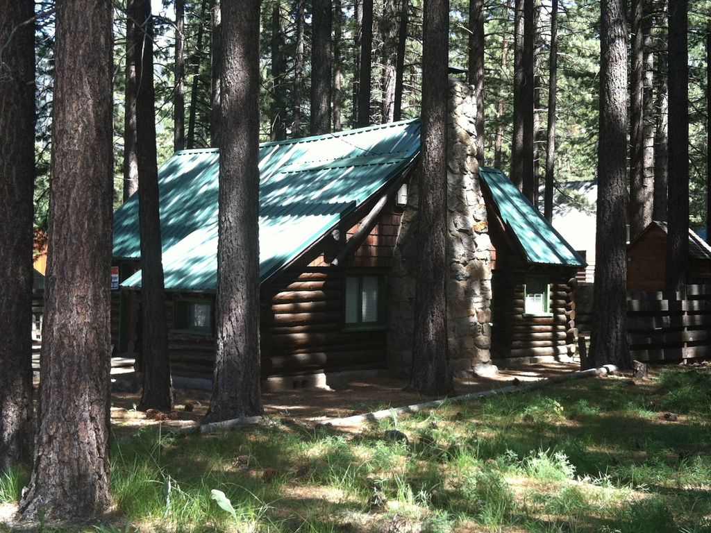 Authentic log cabin 2 blocks from the lake vrbo for South lake tahoe cabins near casinos