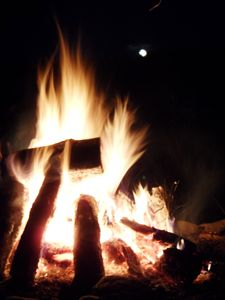 Lake Algonquin - Wells house rental - Sit by the fire and watch the moon rise over the lake