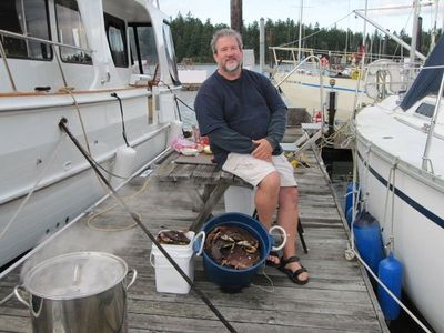 "Crab Boil On The Oro Bay Dock 7-8"" Dungeness Crabs Best Crabbing In South Sound"