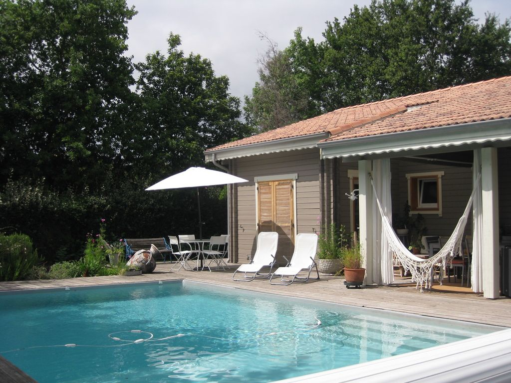 House, 135 square meters, close to the beach