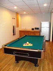 Wisconsin Dells house photo - Pool Table with Wet Bar and Full Size Refrigerator
