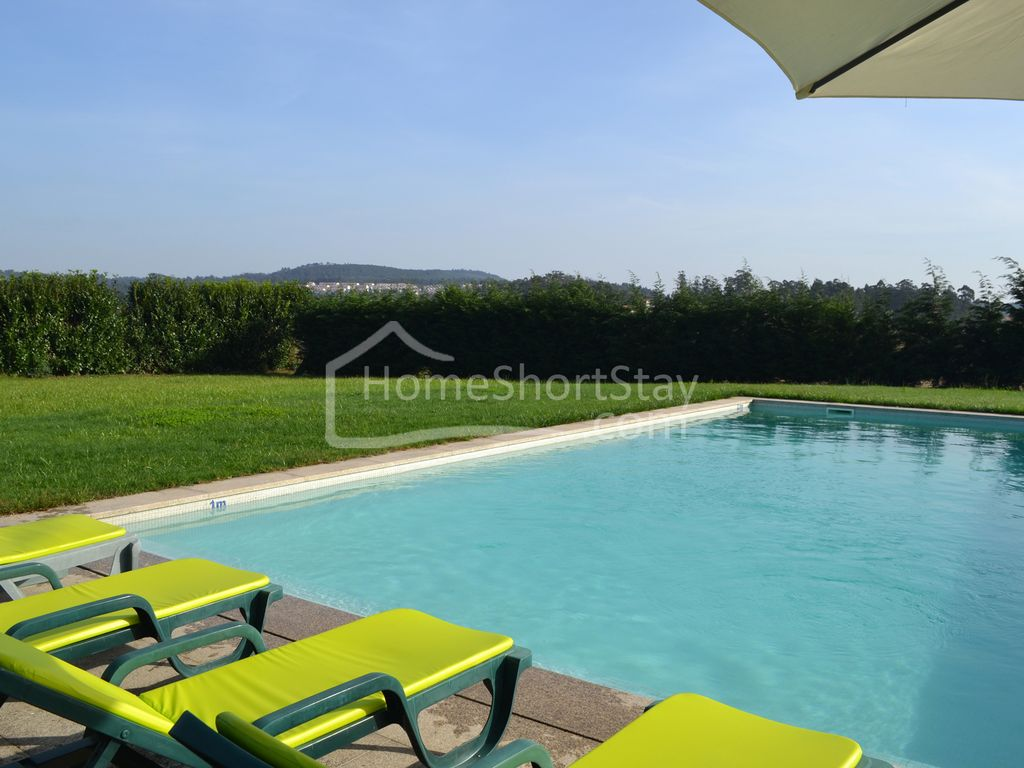 Country house with pool 9 km from the beach homeaway for Alarme piscine home beach