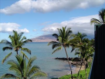 Kihei condo rental - One of many million dollar views from your beachfront lanai