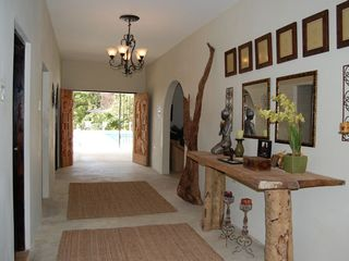 Runaway Bay villa photo - Entrance Gallery - walk out to pool and all rooms inside