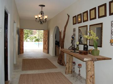 Entrance Gallery - walk out to pool and all rooms inside