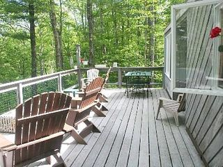 Casco cottage photo - Plenty of room on the deck