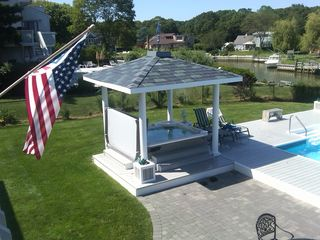 Hampton Bays house photo - 8 person hot tub