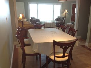 Whitehall cottage photo - Large dining table and kitchen bar area allows for family gatherings.