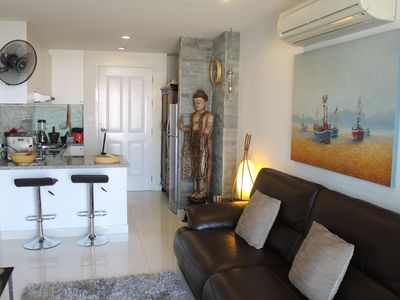 Stylish 1 Bed Apartment In Central Hua Hin